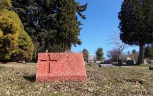 red cross left